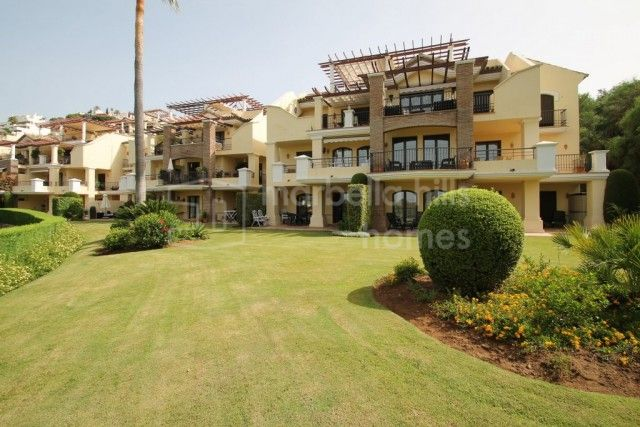 Apartment for sale in Benahavis - Benahavis Apartment