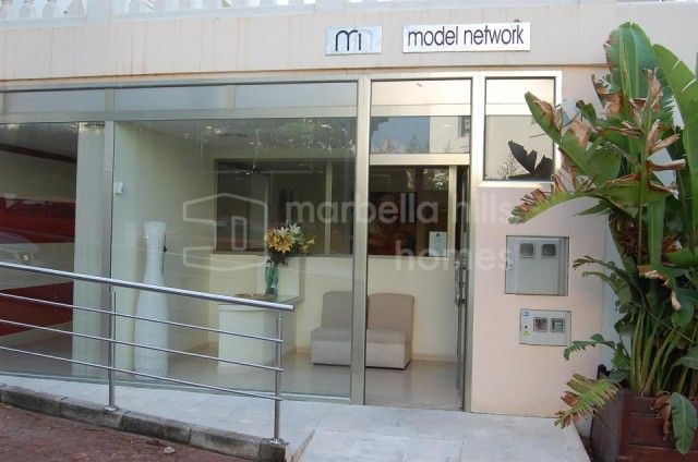 Commercial Premises for sale in Nueva Andalucia - Nueva Andalucia Commercial Premises