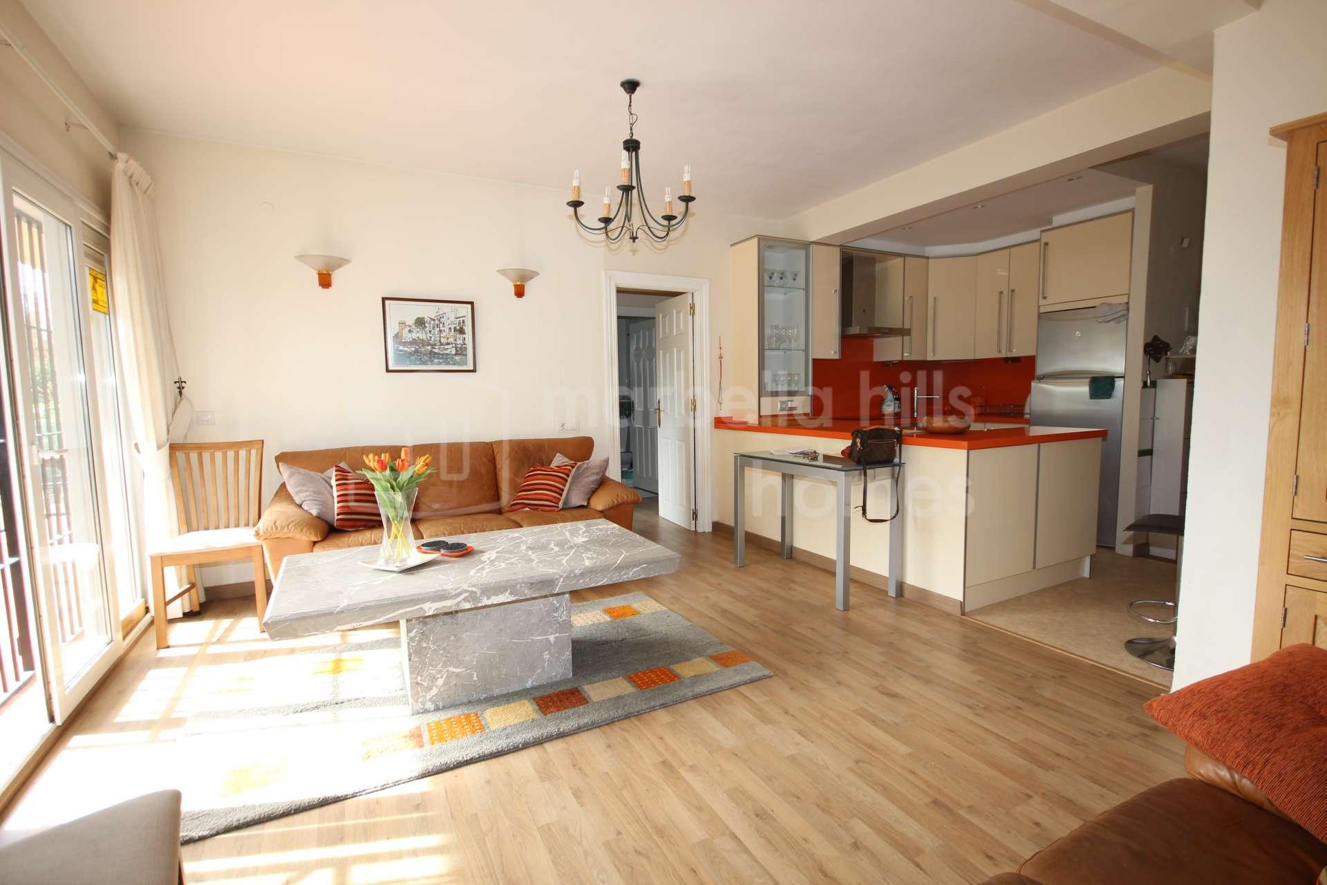Cute 2 Bedroom Apartment In Rio Verde Playa Golden Mile
