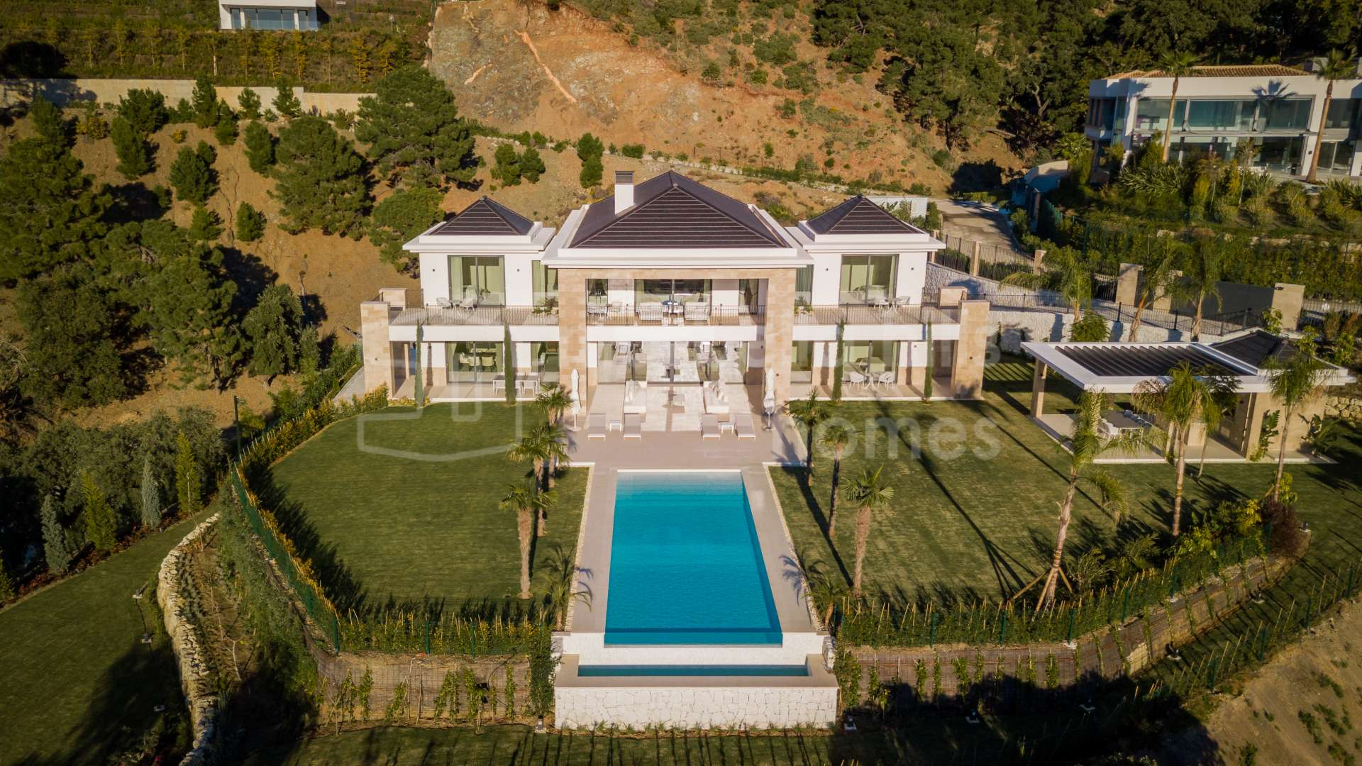 Exceptional 7 Bedroom Villa With Panoramic Views In La Zagaleta Benahavis