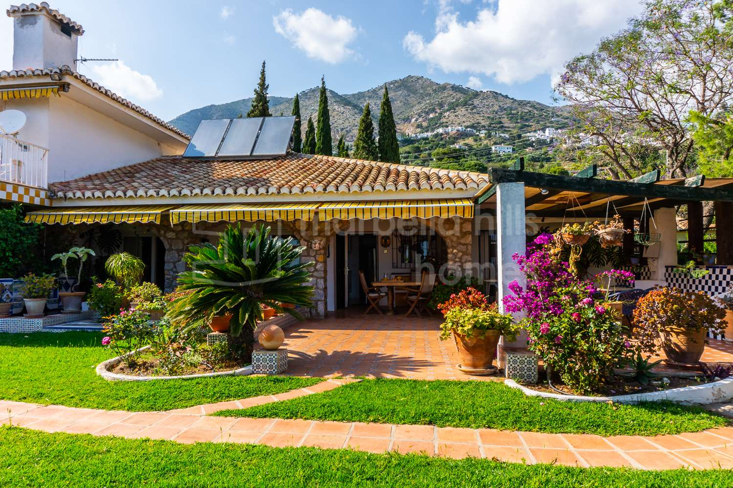 A grand and unique country estate in the hills of Mijas