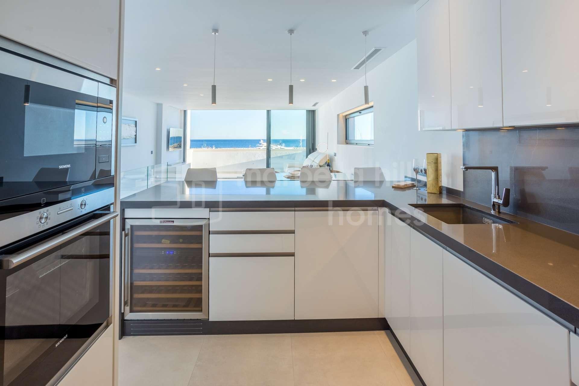 Unique refurbished Duplex Penthouse in Puerto Banus