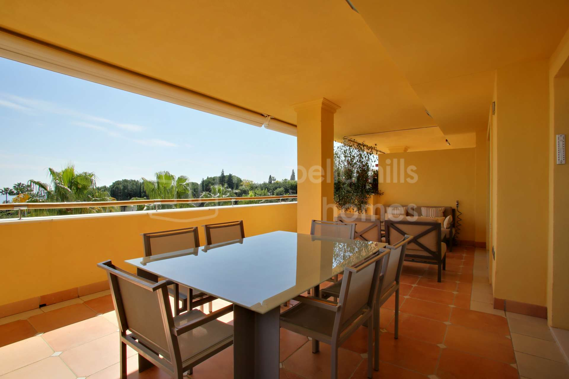3 bedroom Apartment in Sierra Blanca