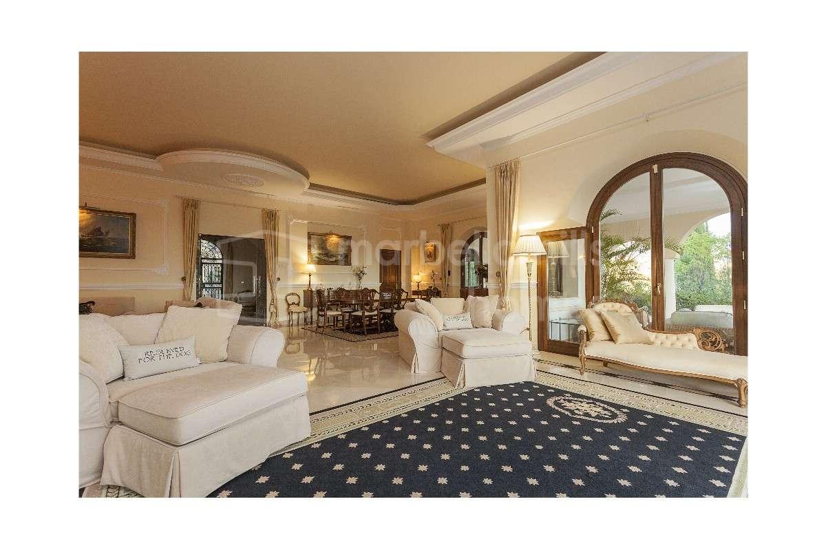 Exklusive 6 schlafzimmer villa in el madro al benahavis - Exklusive schlafzimmer ...