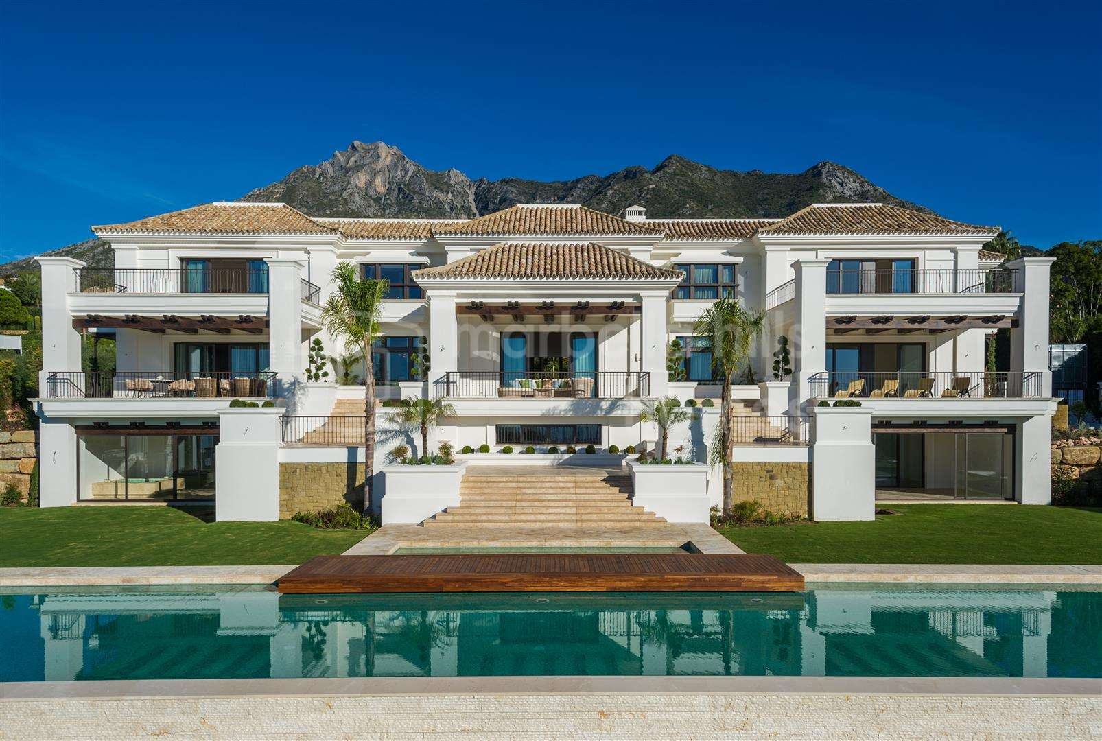 Villa for sale in <small> Sierra Blanca, Marbella Golden Mile</small>