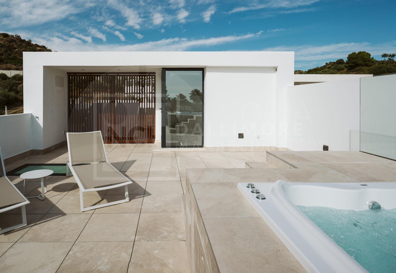 Town House Los Naranjos Golf, Nueva Andalucia – NEWTH6906