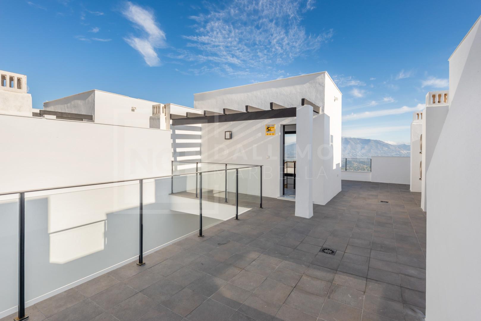 Town House La Mairena, Marbella East – NEWTH6913