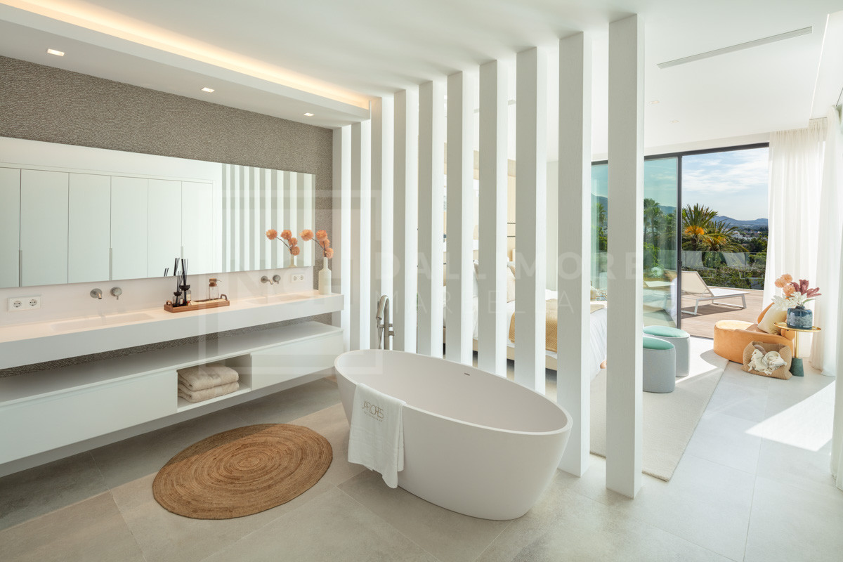 Villa , Nueva Andalucia – NEWV7018