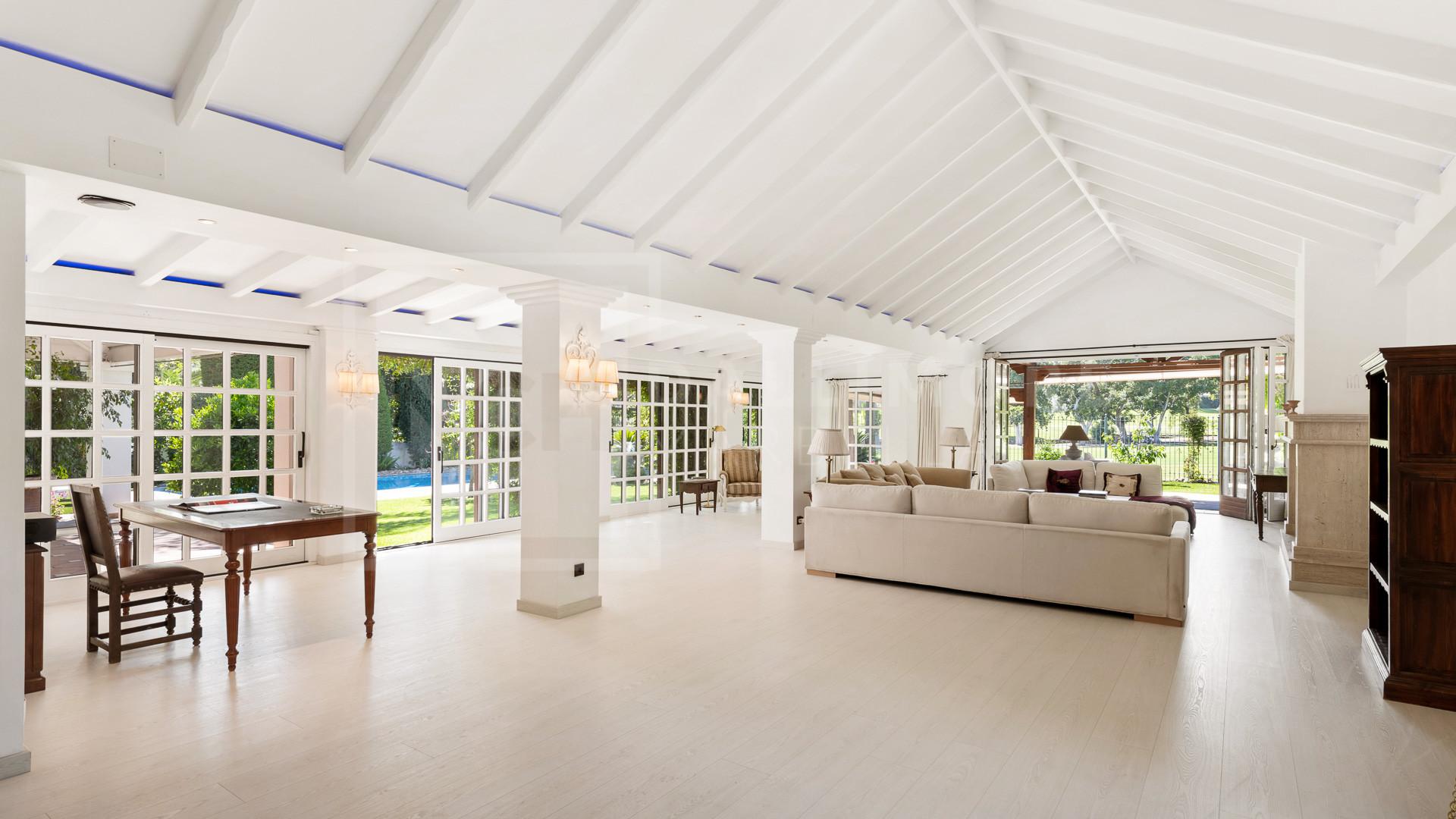 Villa , Nueva Andalucia - NEWV7053