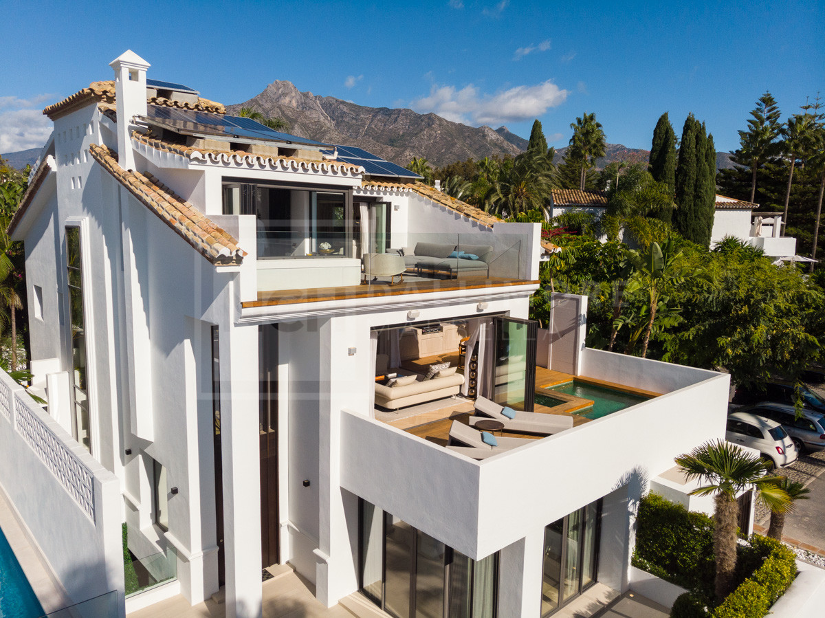 Villa Puente Romano, Marbella Golden Mile – NEWV7052