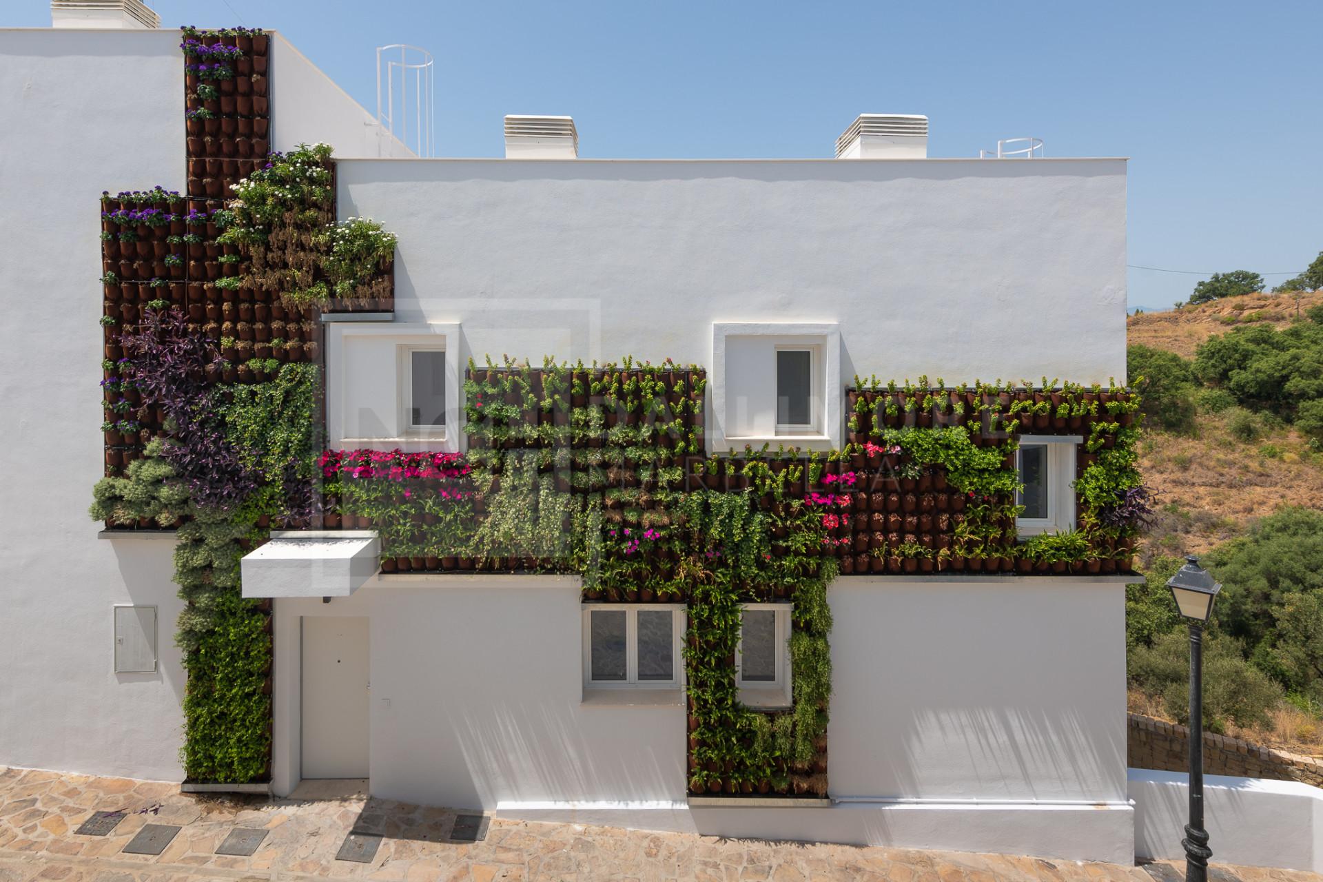 Duplex Elements, Marbella East – NCHA6118