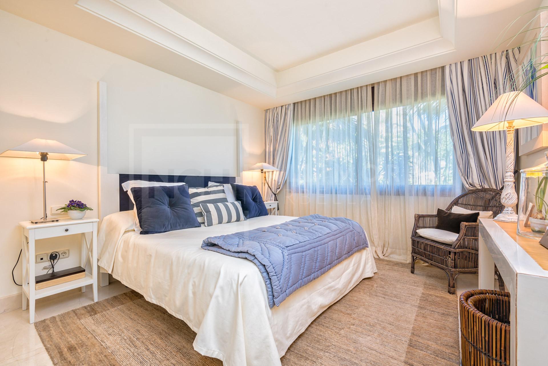 Duplex Penthouse La Alzambra Hill Club, Nueva Andalucia – NEWPH6188