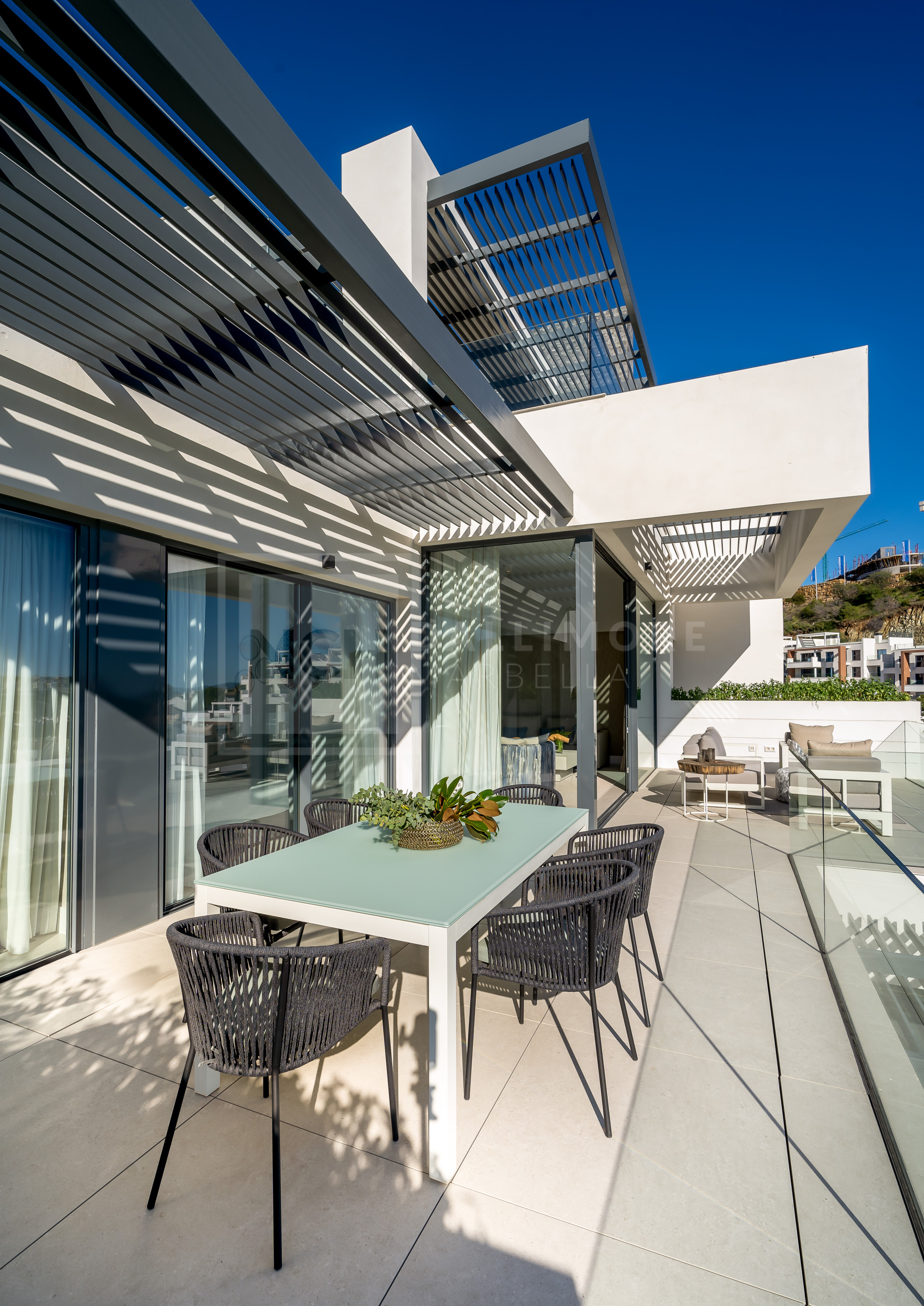 Apartment , Benahavis – 339-00208P
