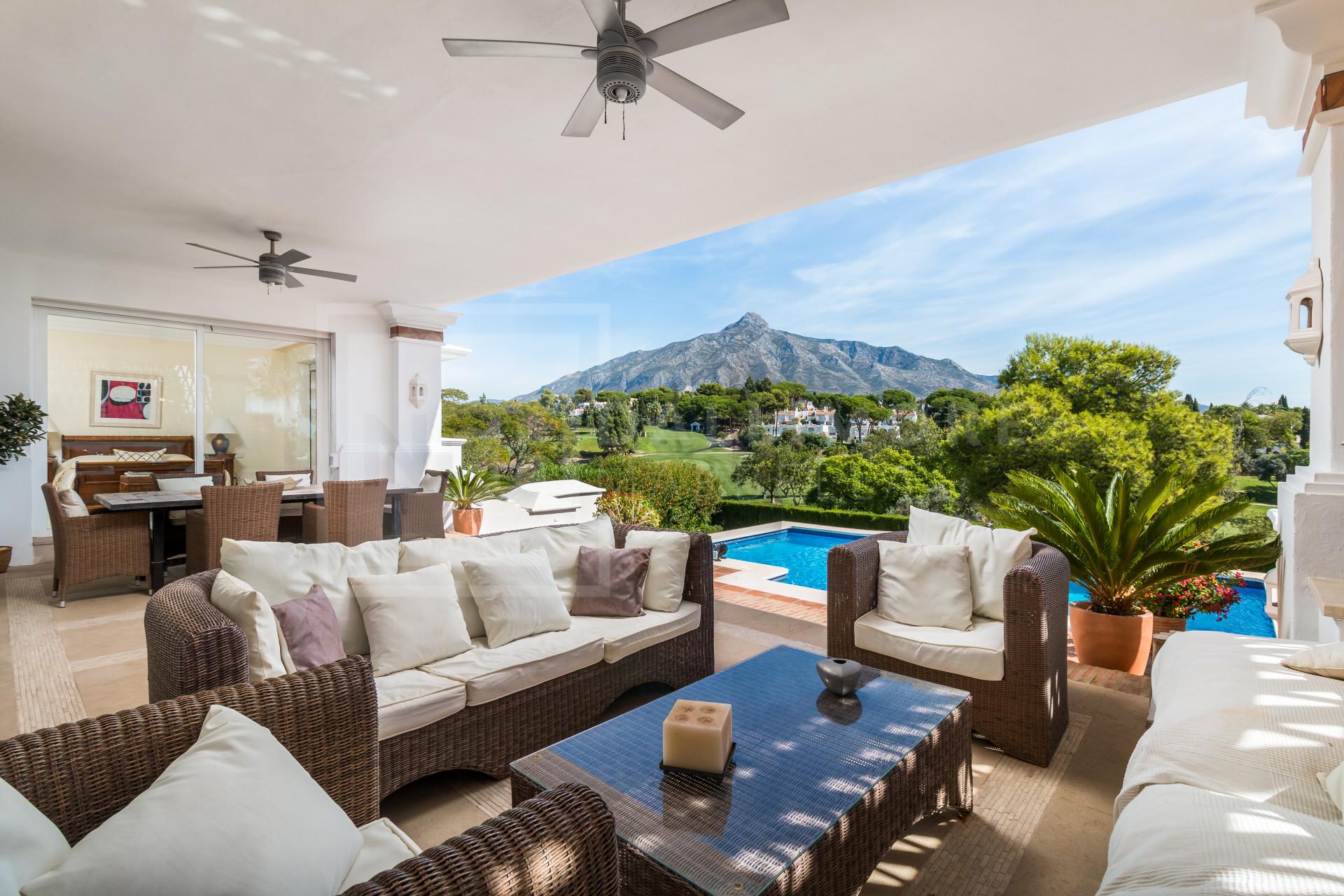 Villa Aloha, Nueva Andalucia - NCHV6458