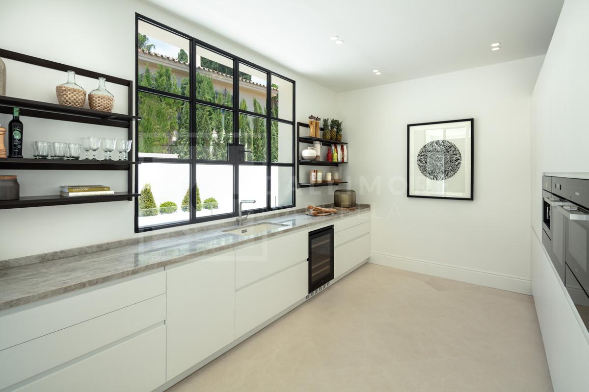 Villa , Marbella – NEWV6635