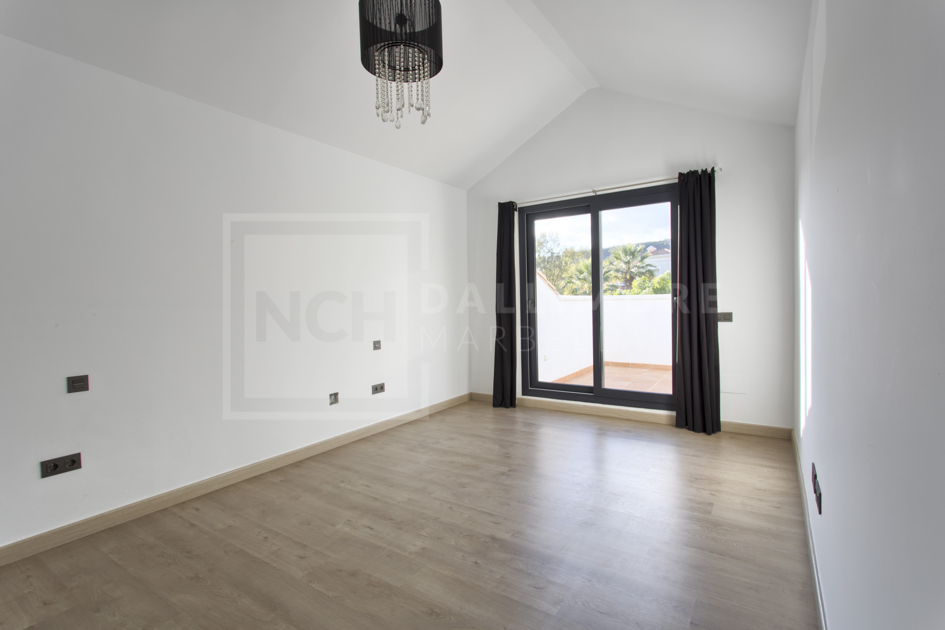 Villa Forest Hills, Estepona – NEWV6738