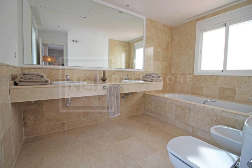 Penthouse , Nueva Andalucia – NEWPH6512