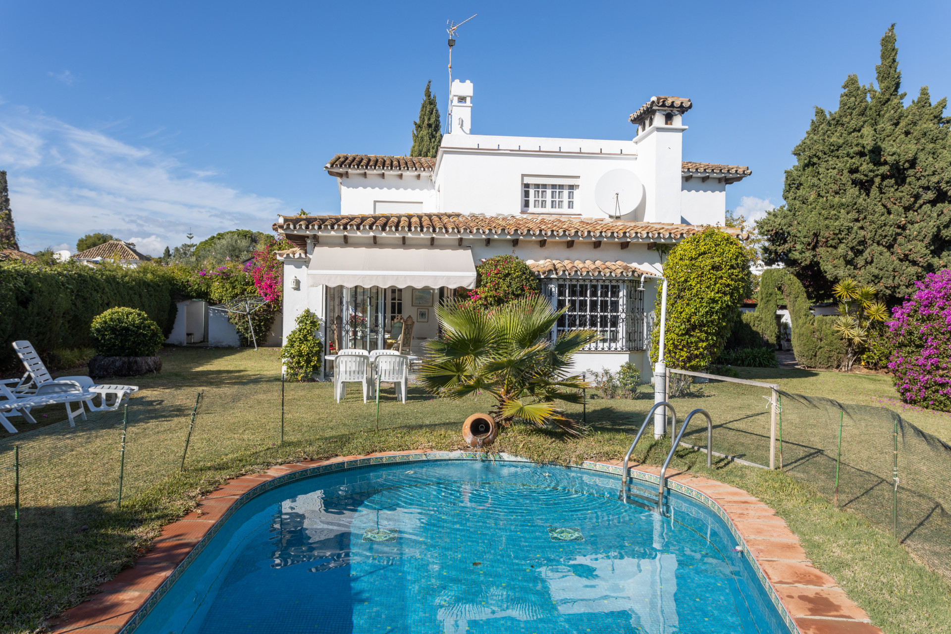 property for sale in guadalmina alta
