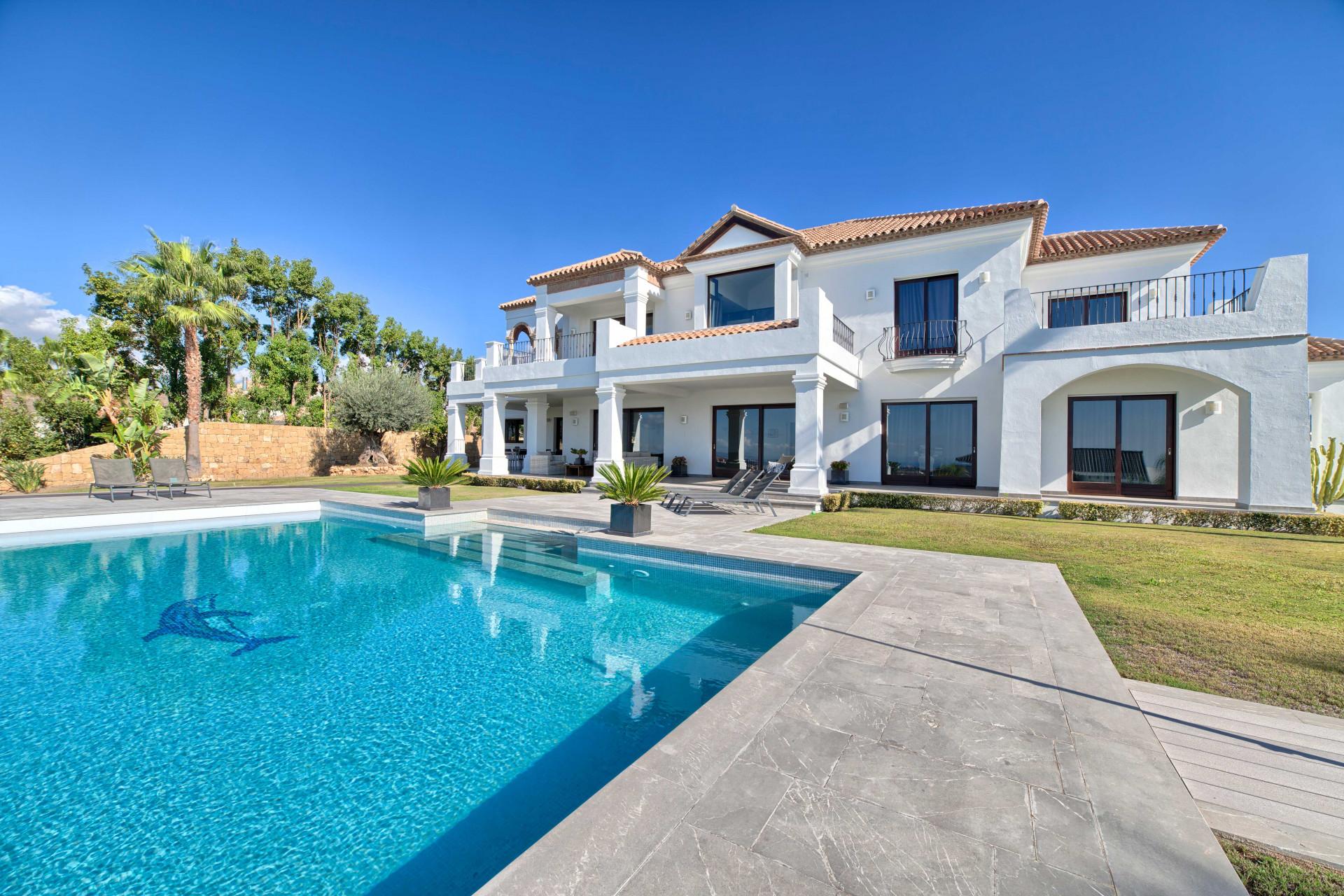 Villa for sale in Los Flamingos Golf Resort – Benahavis