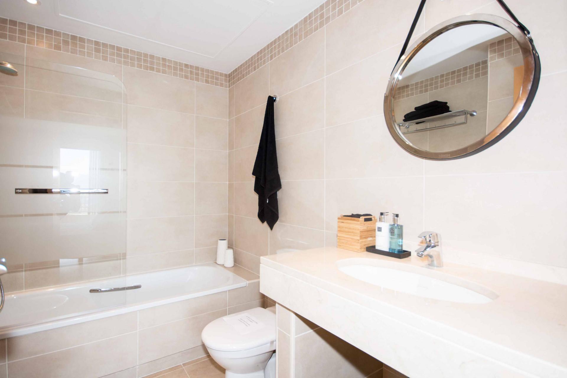 Apartment for sale in La Cala, Estepona
