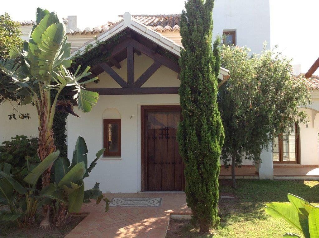 Bargain newly built golf villas for sale in Mijas - Costa del Sol