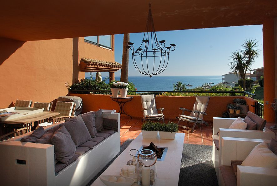 Top floor apartment for sale in first line beach complex in Estepona