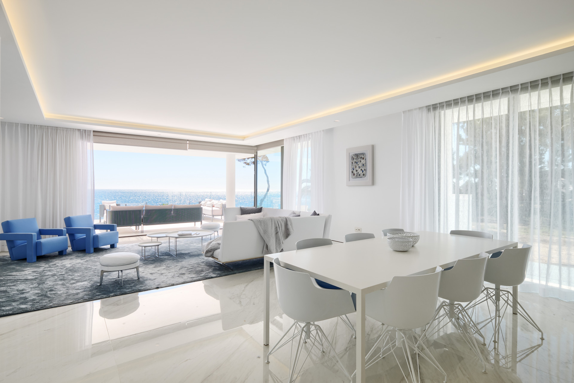 Ground Floor Apartment for sale in Beach Side New Golden Mile, Estepona