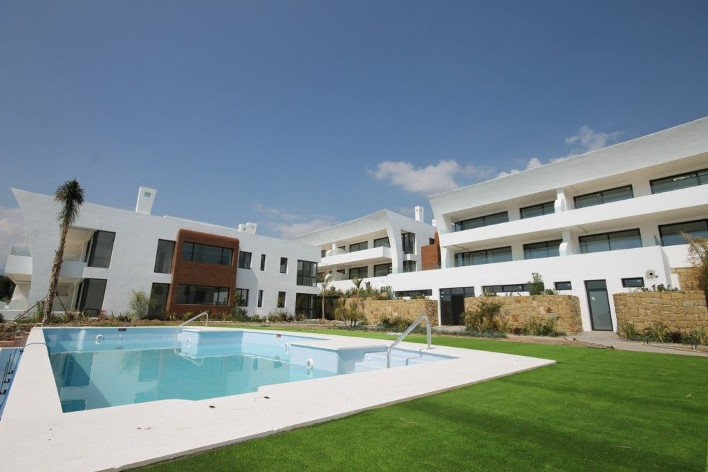 Magnificent modern design penthouse for sale in Sierra Blanca – Marbella