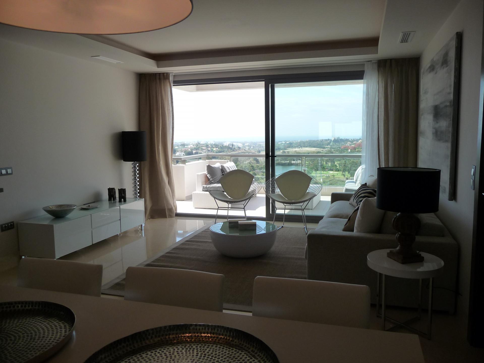 Fantástico apartamento de 2 dormitorios con vistas panorámicas al mar