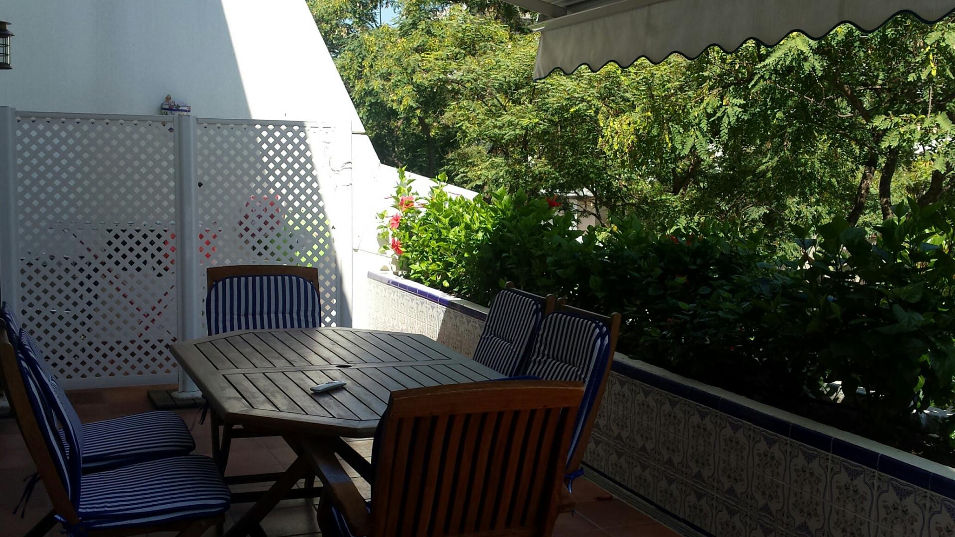 Apartamento de 3 dormitorios con piscina privada