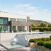 Villa a la venta en Marbella Golden Mile