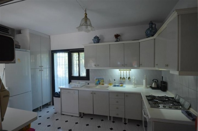 Villa  en venta en  Bahia Dorada, Estepona