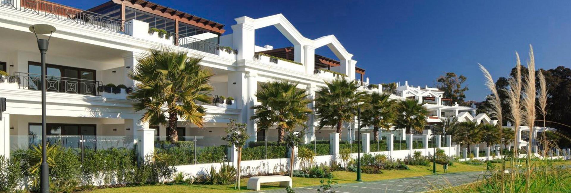 Квартира  на продаже в  Estepona Playa, Эстепона