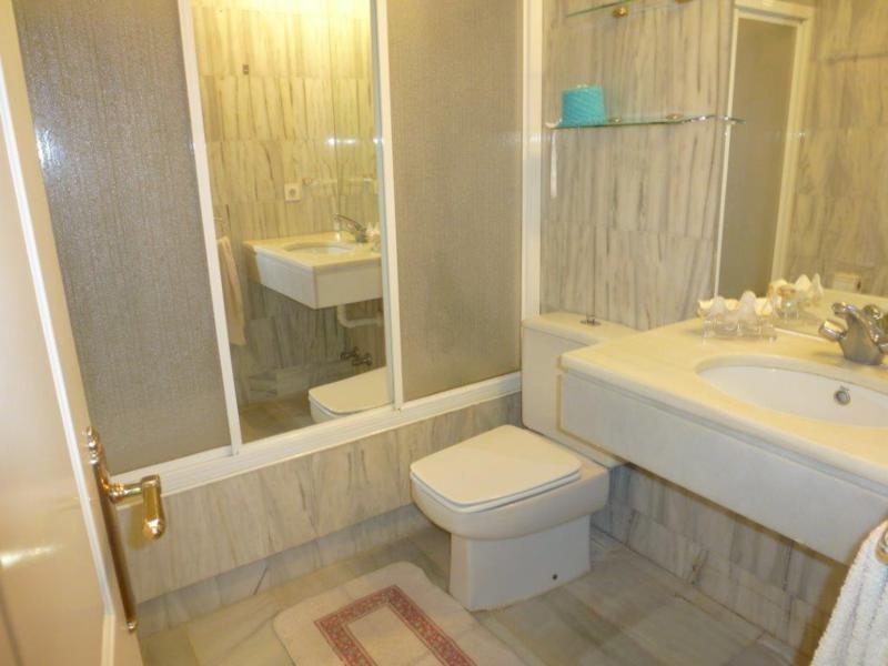 Ground Floor Apartment  for sale in  Alcazaba Beach, Estepona