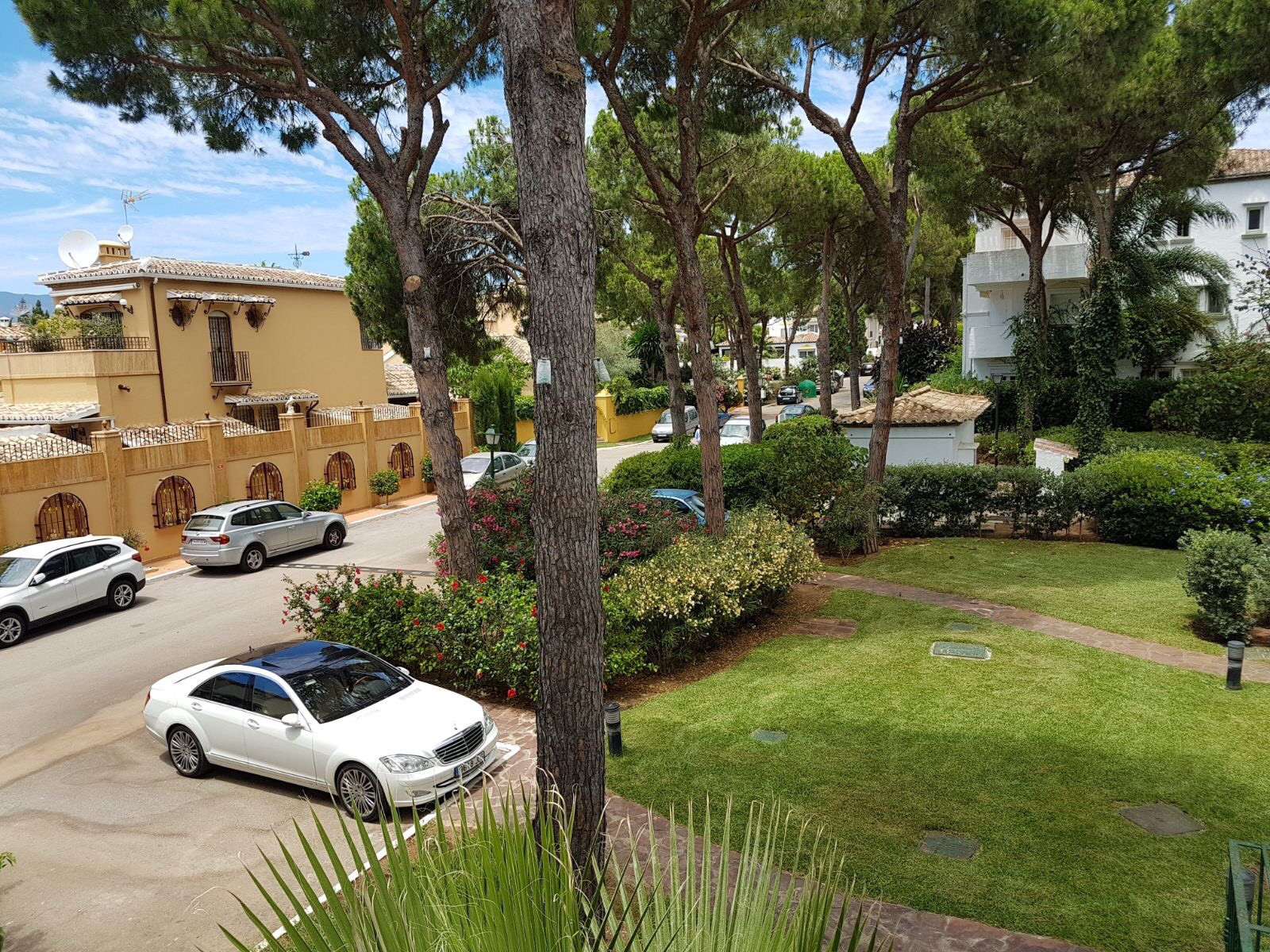 Apartment  for sale in  El Presidente, Estepona