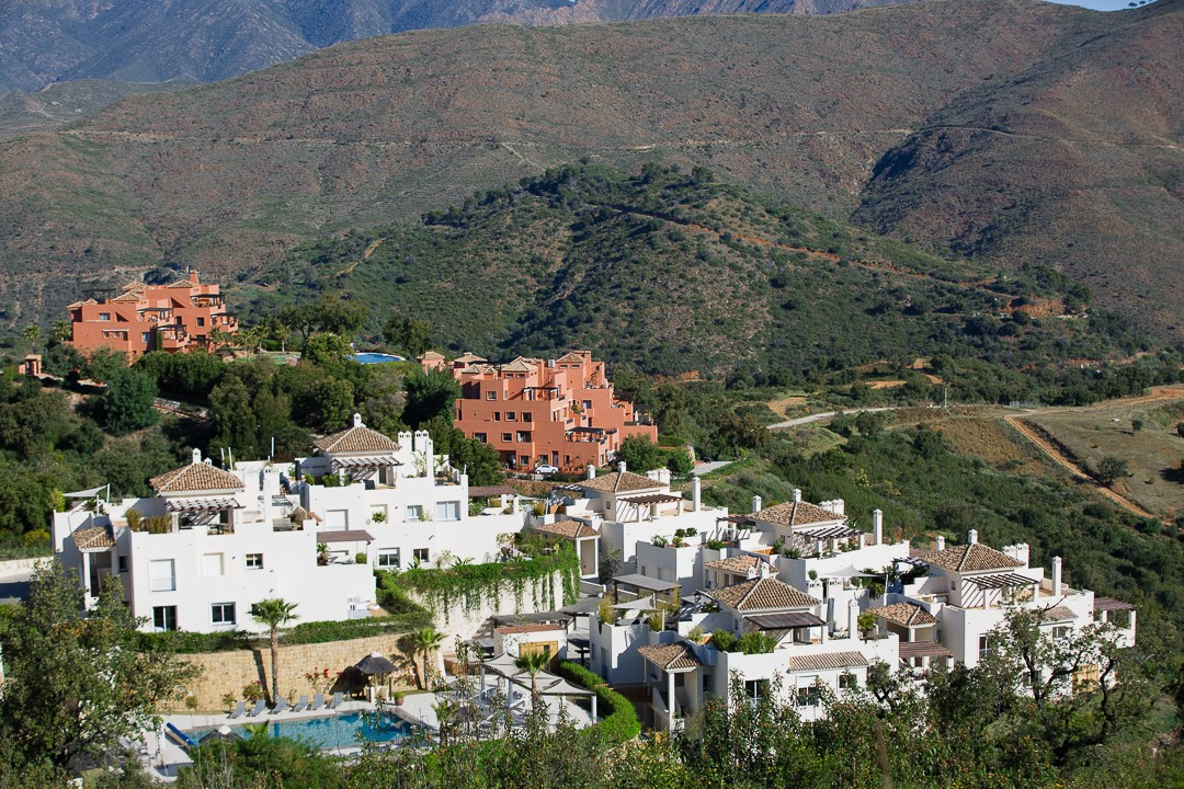 Penthouse  for sale in  La Mairena, Marbella East