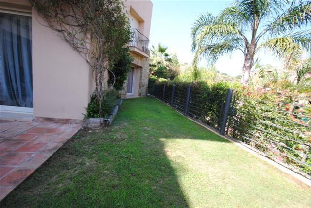 Apartamento en venta en Rio Real Golf, Marbella Este