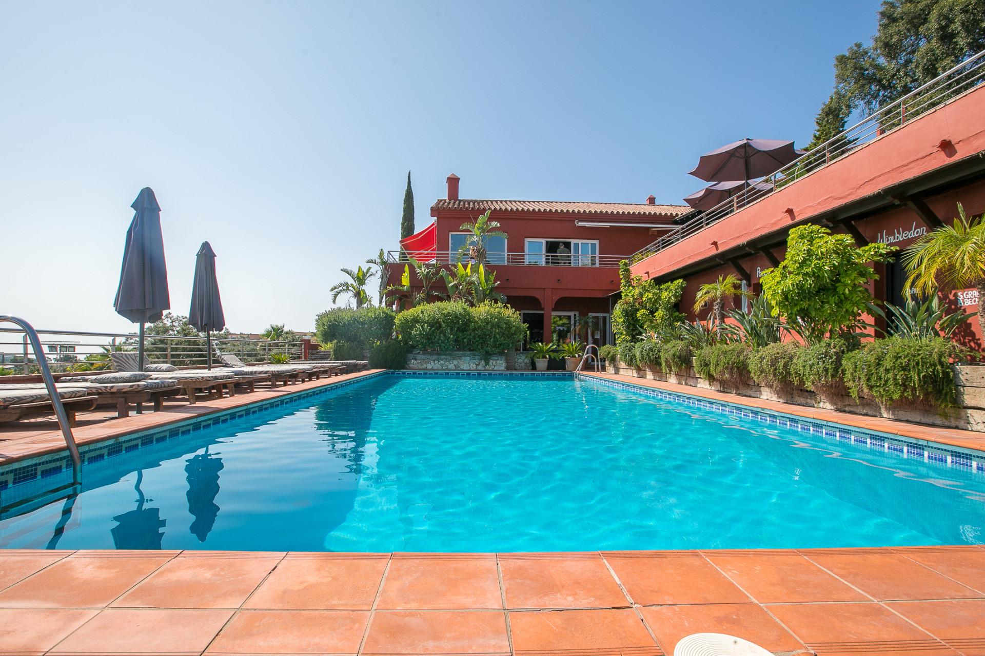 Pareado en venta en La Mairena, Marbella Este