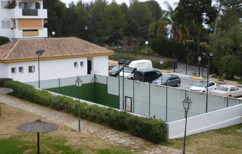 Aparcamiento en venta en Los Pinos de Nagüeles, Marbella Golden Mile