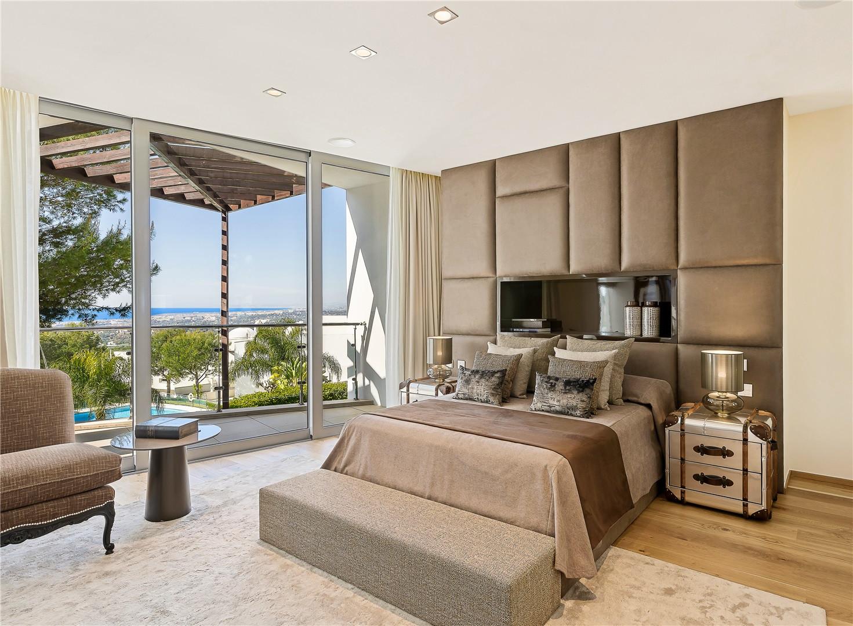 Villa Pareada en venta en Sierra Blanca, Marbella Golden Mile