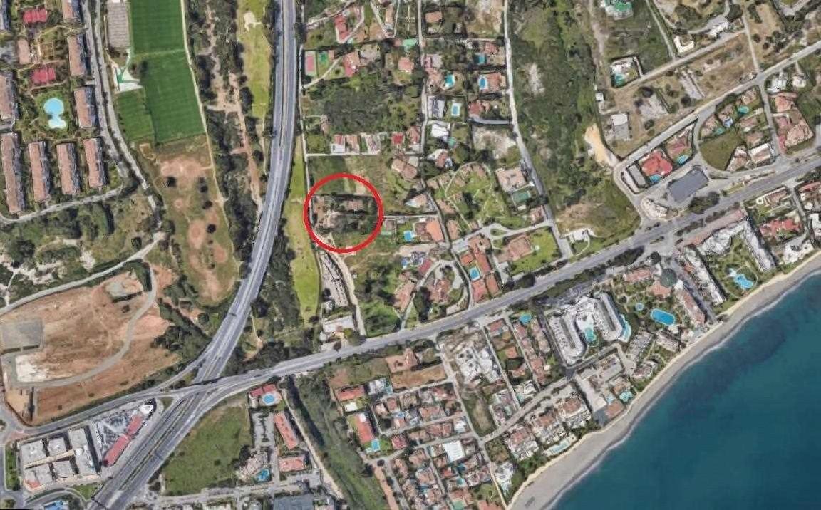 Finca en venta en Rio Verde, Marbella Golden Mile