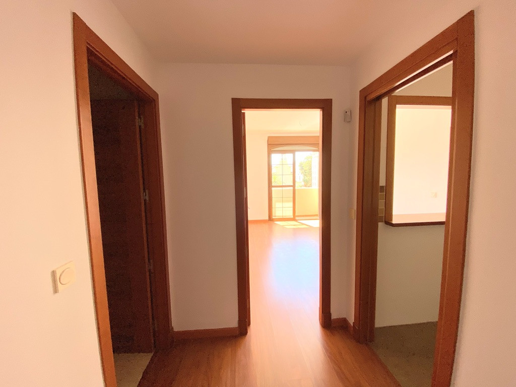 Apartment for sale in La Goleta - San Felipe Neri, Malaga