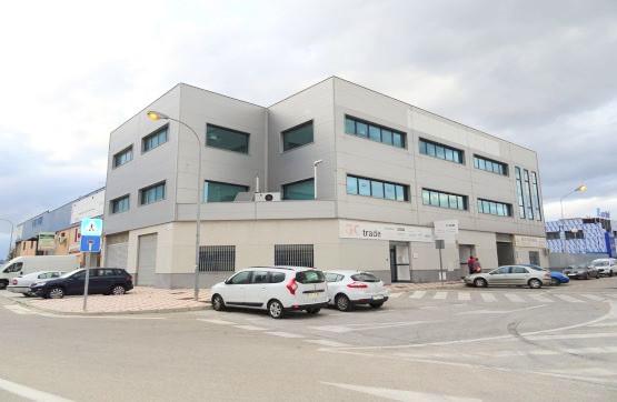 Local Comercial en venta en Polígonos - Recinto Ferial Cortijo de Torres, Malaga - Cruz de Humilladero