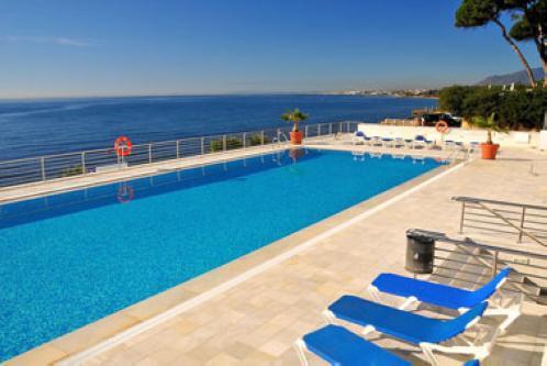 Apartamento en venta en Marina Mariola, Marbella Golden Mile