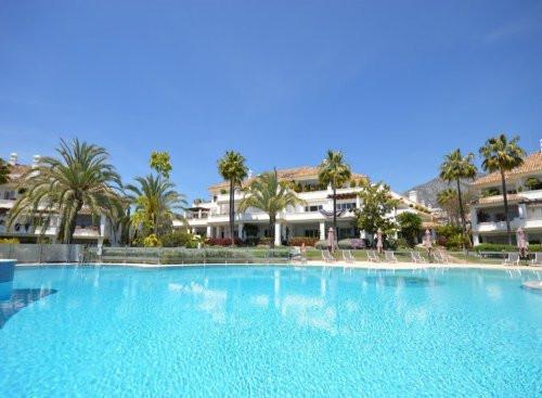 Apartamento en venta en Monte Paraiso, Marbella Golden Mile