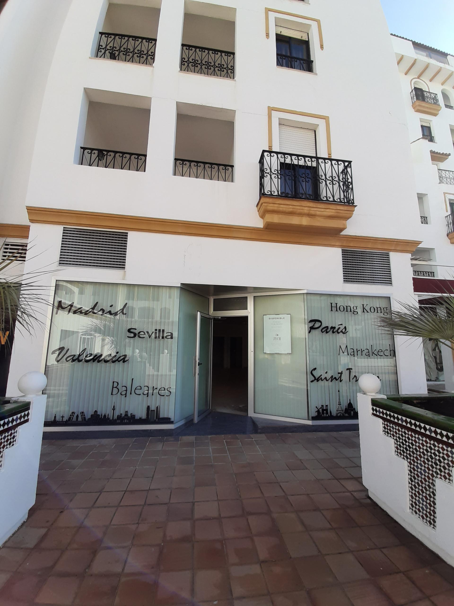 Local Comercial en alquiler en Benabola, Marbella - Puerto Banus