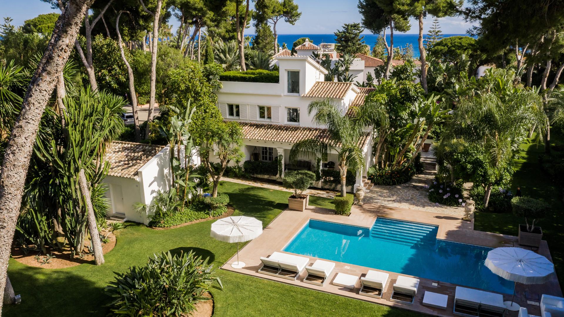 Villa zum Verkauf en Los Monteros, Marbella Ost