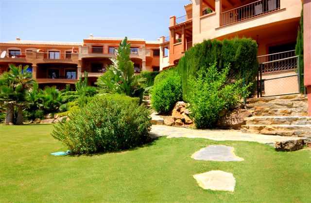 Ground Floor Apartment for sale in Manilva, Puerto La Duquesa
