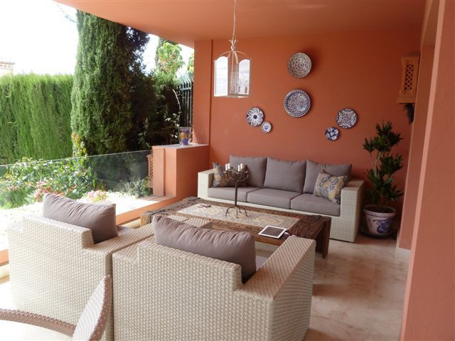 Semi Detached Villa for sale in Marbella Golden Mile, Altos de Puente Romano