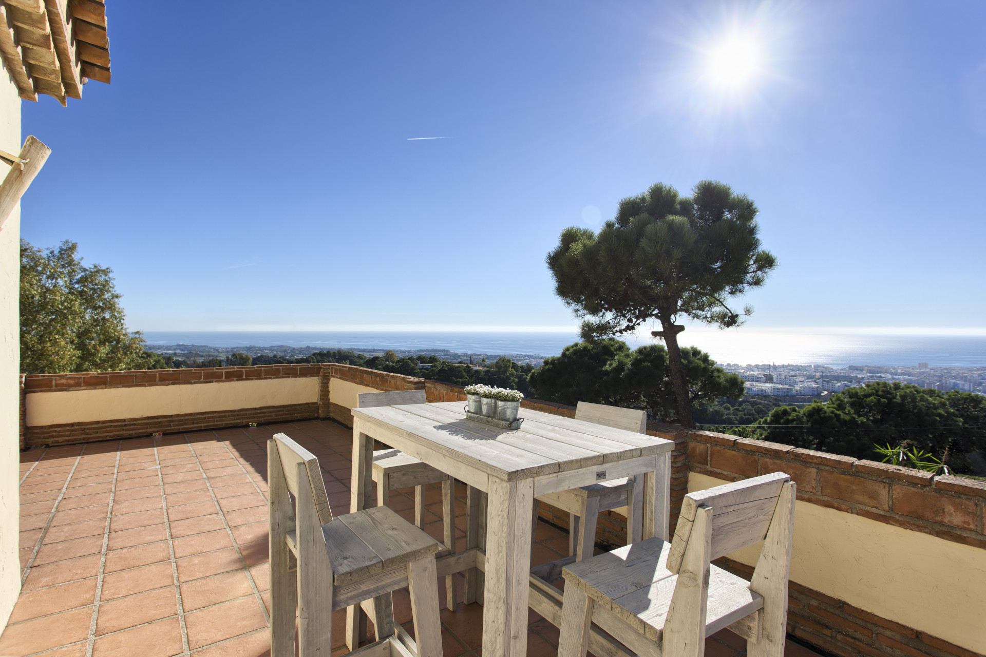 ARFV1577-267 - Traumhafte Villa im Verkauf in Puerta Los Reales in Estepona mit Panoramablick